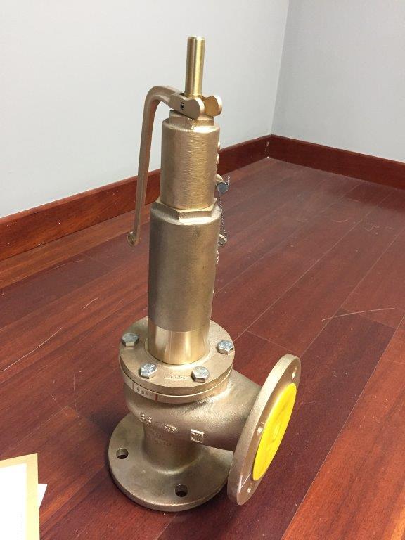 Válvula de seguridad en bronce. Tarado a 8 bar